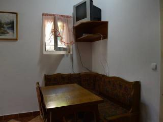 Beautiful 1 bedroom Condo in Dugi Rat with Internet Access - Dugi Rat vacation rentals