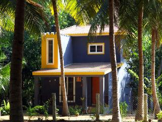 Nice Cottage with Balcony and Parking - Kanchipuram vacation rentals