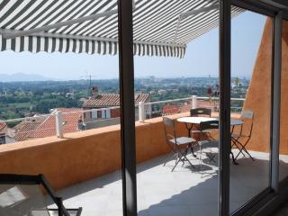 """Calanques"" Allauch Marseille **** Wifi Clim - Allauch vacation rentals"