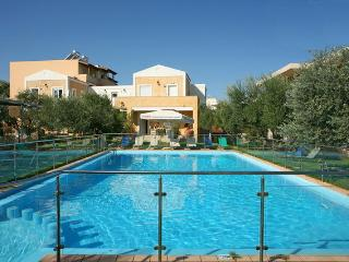 Beautiful house ELEA 2 near the sea in Creta - Chania vacation rentals
