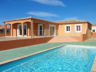 Nice Villa with Dishwasher and Short Breaks Allowed - Fabrezan vacation rentals