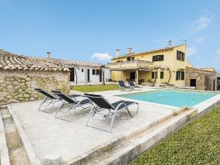 Nice Villa with Internet Access and Dishwasher - Alcudia vacation rentals
