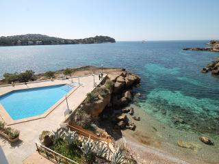 SANTA PONSA FRONT LINE WITH SWIMMING POOL - Santa Ponsa vacation rentals