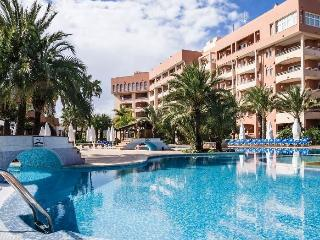 2 bedroom Apartment with Internet Access in Oliva - Oliva vacation rentals