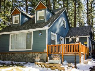 Dog-friendly w/ private hot tub, close to skiing & beaches! - South Lake Tahoe vacation rentals