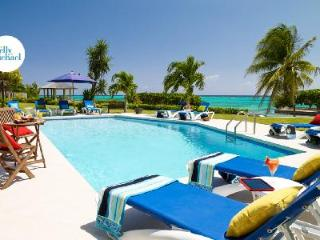 Four Winds- sheltered cove on private beach, freshwater pool & full staff - Ocho Rios vacation rentals