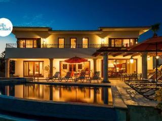 Ocean view Casa de Phoenix with upscale décor, infinity pool & beach club access - Cabo San Lucas vacation rentals