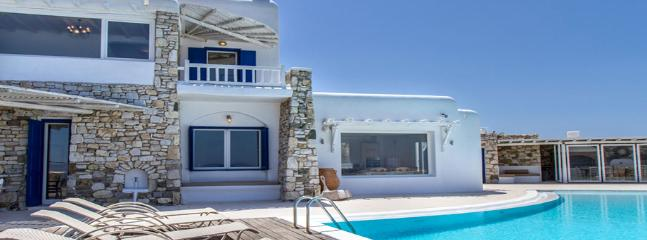 Charming Villa with Internet Access and Television - Mykonos vacation rentals