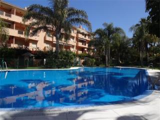 Apartment just 10 min walking to the sandy beach - Marbella vacation rentals