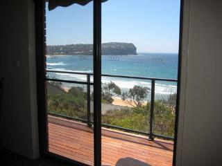Bright 4 bedroom House in Macmasters Beach - Macmasters Beach vacation rentals