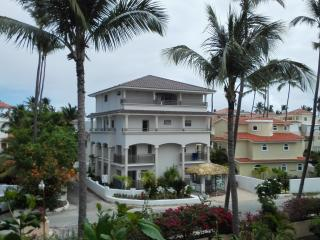 Beautiful apartment with private beach, Los Corale - La Altagracia Province vacation rentals