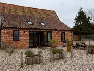 3 bedroom Barn with Internet Access in Briston - Briston vacation rentals