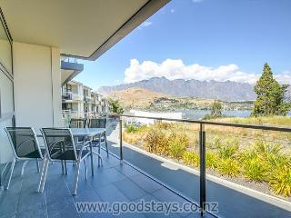 Pounamu Views Apartment - Queenstown vacation rentals