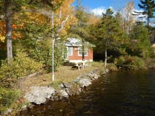 White Mountains New Hampshire Lakefront Cabin, - Piermont vacation rentals