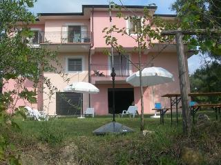casa Vacanza con open space - country house - Contursi Terme vacation rentals