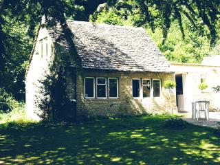 Peter's Nest at Owlpen in the Cotswolds - Uley vacation rentals