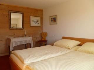 Ferienwohnung Crestas 55 ~ RA11683 - Breil/Brigels vacation rentals