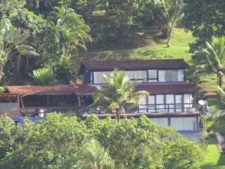 Casa em Angra com vista para o mar - Angra Dos Reis vacation rentals