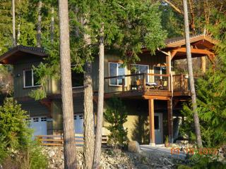 SeaStar Cottage - 1 BDR Oceanfront - Garden Bay vacation rentals