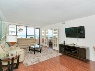LUXURIOUS APARTMENT IN MIAMI BEACH - Coconut Grove vacation rentals