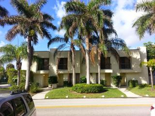 A Large 2 BR Townhome on Singer Island - Palm Beach Shores vacation rentals