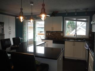 Bright 3 bedroom Victoria House with Deck - Victoria vacation rentals