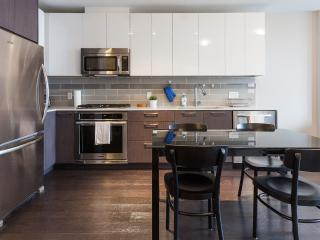 Luxurious 1 Bedroom Condo with Air Conditioning - Vancouver vacation rentals