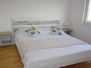 Stara Novalja A1 - Stara Novalja vacation rentals