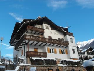 Villa Iellici - Mansarda - Moena vacation rentals