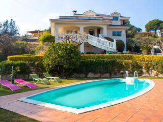 Casa de Bigues for 8-10 guests, tucked away in the Catalonian hills - Orista vacation rentals