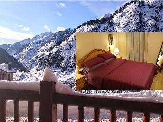 Lovely 1 bedroom Apartment in Soldeu with Garage - Soldeu vacation rentals