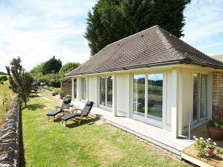 Nice 1 bedroom House in Nether Westcote - Nether Westcote vacation rentals