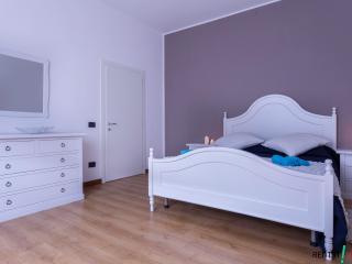 RENT-IT-VENICE Ori House - Oriago di Mira vacation rentals