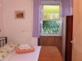 Double room, city center, sandy beach Bacvice - Split vacation rentals
