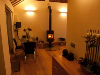 The Owl Barn Cottage, Nr York - York vacation rentals