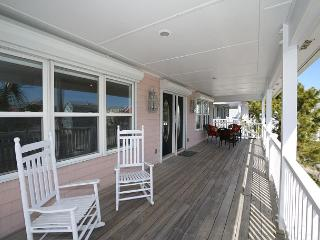 Fiddler's Green - Lovely oceanview home where vacation memories can be made - Kure Beach vacation rentals