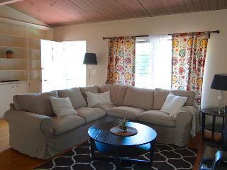 2BR Convenient Apartment, Santa Barbara, Sleeps 4 - Santa Barbara vacation rentals