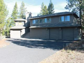 WEM03 3rd Night Free Over Presidents' Day Weekend - Sunriver vacation rentals