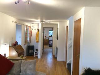 Puffin Cottage, Back Road, Port Ellen, Islay - Port Ellen vacation rentals
