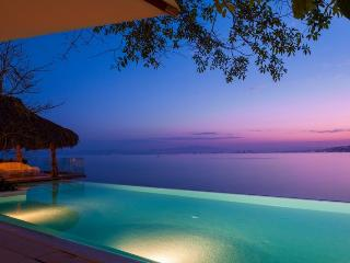 Casa Papelillos - Boca de Tomatlan vacation rentals