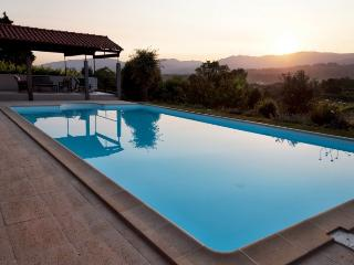 Yavanna - Idyllic Chill-Out Villa with Large Pool - Fontoura vacation rentals