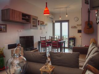1 bedroom Apartment with Internet Access in Messina - Messina vacation rentals