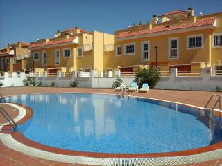 Lovely 2 bedroom Condo in Caleta de Fuste - Caleta de Fuste vacation rentals
