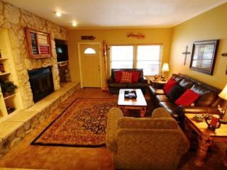 Claim Jumper Townhouse #9 - In Town, Ski In/ Ski Out, On the River, Next to Fishing Ponds, WiFi, King Beds, Pets Considered - New Mexico vacation rentals