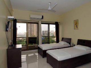 3 bedroom Bed and Breakfast with Internet Access in Navi Mumbai - Navi Mumbai vacation rentals