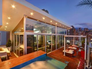 Magnificent Medellin penthouse Jacuzzi Elev entr - Colombia vacation rentals
