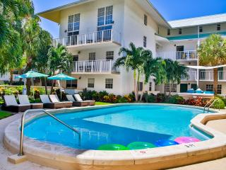 GREAT 2BR/2BA SUITE FOR 6 IN HEART OF KEY BISCAYNE - Key Biscayne vacation rentals
