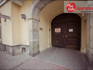 Charming Apartment Podwale 3: Warsaw - Warsaw vacation rentals