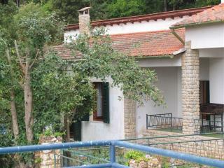 Le Fornacelle - 4 posti letto - vista mare - Cavo vacation rentals