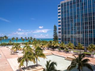 FABULOUS 2BR GEM FOR 6 , WITH WATER VIEWS, OCEANFRONT BUILDING WITH POOL - Miami Beach vacation rentals